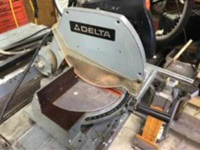 Delta 10 Commercial Miter Saw