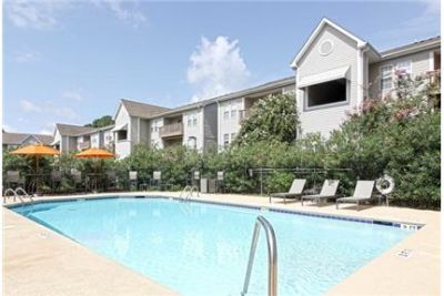 The Quad Apartments are luxurious apartment rentals in ington, NC.