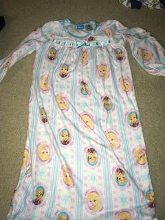 5t fleece nightgowns (3 gowns)
