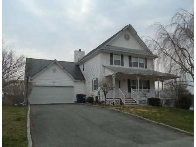 3 Bed 2.5 Bath Foreclosure Property in Pawling, NY 12564 - Watchhill Rd