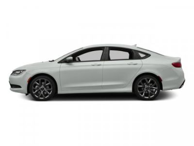 2015 Chrysler 200 S (Bright White Clearcoat)