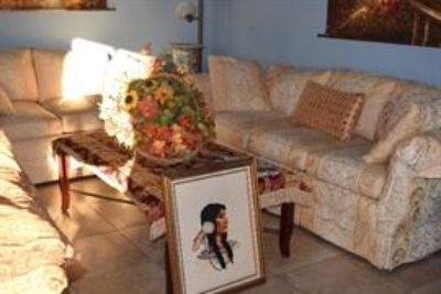Antiques, Collectibles, Funiture Quality Household Items Liquidation Sale