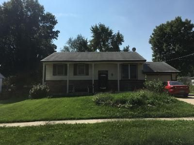 3 Bed 2 Bath Preforeclosure Property in Independence, MO 64056 - E 8th St N