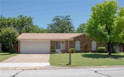 6608 Mona Lisa Avenue WATAUGA Three BR, back on the market due to