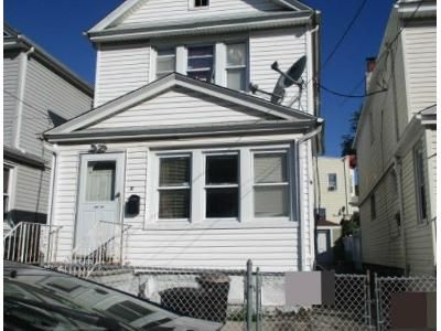3 Bed 1 Bath Foreclosure Property in Richmond Hill, NY 11418 - 85th Road