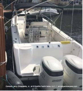 1999, 26' Boston Whaler Outrage Center Console For Sale