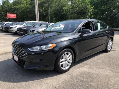 2015 Ford Fusion 4dr Sdn SE FWD (Black)