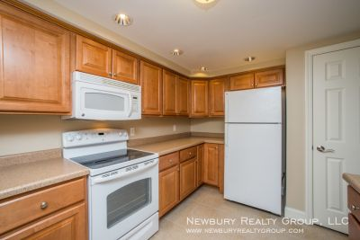 Great Leasing Specials on Beautiful Apartments!