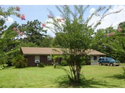 3 Bed 2 Bath Foreclosure Property in Saucier, MS 39574 - Shavers Rd