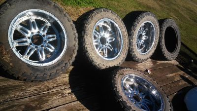 Toyo open country 37 12.50 r22