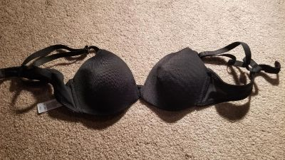 32 Girls bra like new!!