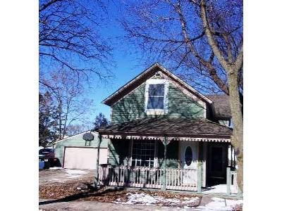 2 Bed 1 Bath Foreclosure Property in Belle Plaine, MN 56011 - S Meridian St