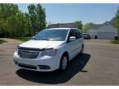 2014 Chrysler Town-&-Country Minivan in Maplewood, MN