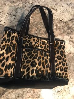 Tote with wristlet