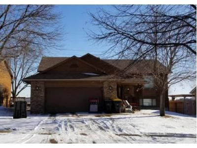 3 Bed 2 Bath Foreclosure Property in Sioux Falls, SD 57110 - S Avondale Ave