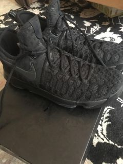 Nike KD9 in size 8 (Kevin Durant basketball shoes)