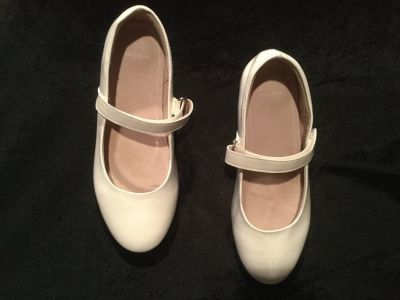 Girls Mary Jane White Patent Leather Shoes Size 1