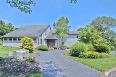 1583 Duxbury Court ALLENTOWN Five BR, Custom designed