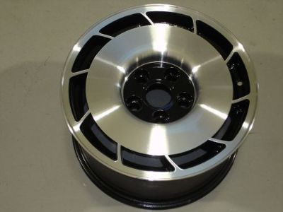 Buy Corvette Wheel OE 16x8.5 Left side 84 85 86 87 polished face with black center motorcycle in Willowbrook, Illinois, United States, for US $120.00