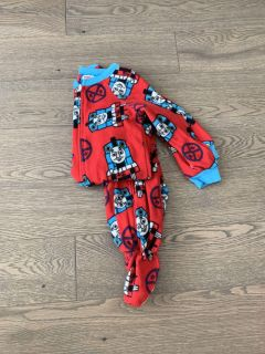 Boys 3T zippered, footed PJs