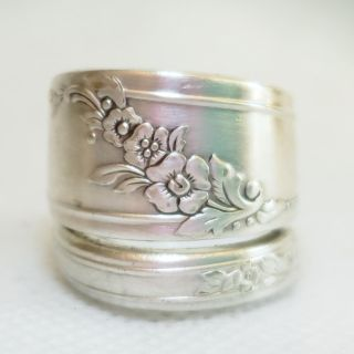 Spiral silver spoon ring. Size 9.5