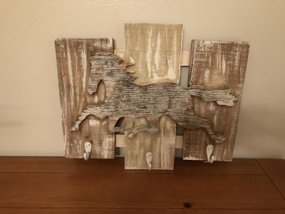 Wood Horse Wall Hanging with Hooks