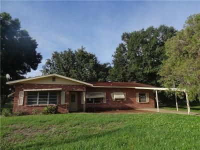 3 Bed 2 Bath Foreclosure Property in Frostproof, FL 33843 - E 8th St
