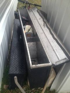 2 side truck tool boxes