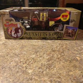 MUNSTER COACH DIE CAST 1/18 SCALE ! NEVER OPENED