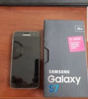 Like New Samsung Galaxy S7 Tmobile cell phone