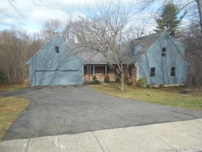 4 Bed 3 Bath Foreclosure Property in Stratford, CT 06614 - N Peters Ln