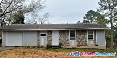 Beautifully Renovated 4 Bedroom in Stone M.T.N