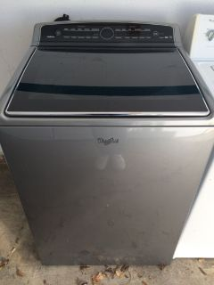 Whirlpool 5.3cu.ft HE Washer in Graphite Steel
