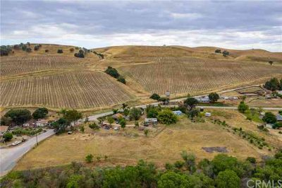 4805 River Grove Drive Paso Robles Five BR, This usable 4.65 +/-