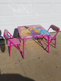 Barbie / 3 Piece Folding Child's Table & Chair Set