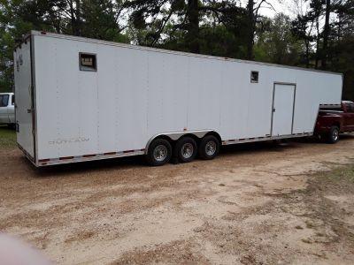 2014 Vintage Outlaw Enclosed 40' trailer