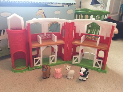 Fisher Price Little People Barn & Animals