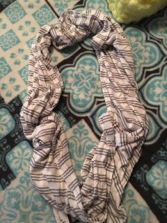Grey and white Charming Charlie Scarf