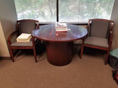 Downsizing Nice Office Furniture In..