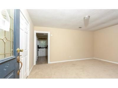 4 Bed 2.5 Bath Foreclosure Property in Nashville, GA 31639 - Beetree Ave