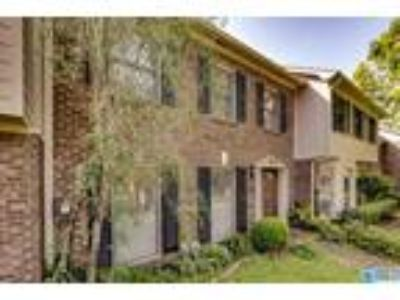 $172500 Two BR 3.00 BA, Hoover