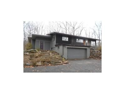 3 Bed 3 Bath Foreclosure Property in Easton, CT 06612 - Norton Rd