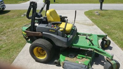 2005 John deere 777 z track mower( credit card accepted) MOVING NEED TO SELL$3000