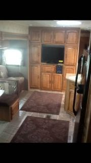 MUST SALE Like New 39FT. Puma Travel Trailer