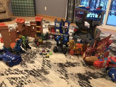 Big group of IMAGINEXT TOYS plus a few extra s