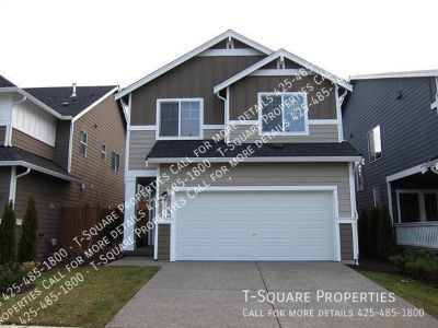 Available Soon! 3 bed 2.5 bath! Open Kitchen! Perfect for Entertaining!