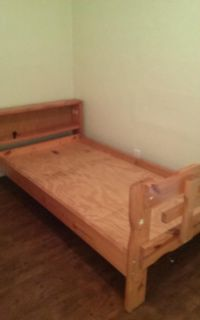 Twin bed no mattress it does not require a boxspring solid wood very sturdy no holds cross-posted