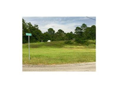 Giant Corner Lot in Jarrett Place Subdivision!