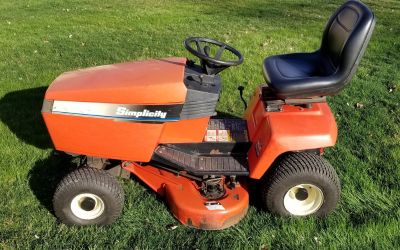 Simplicity Broadmoor (12.5 LTH) Riding Lawn Mower