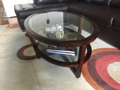 Gorgeous Glass Coffee Table (MINT CONDITION)